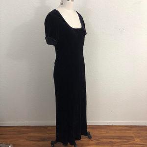CLEARANCE Sundance Velvet Maxi Dress Sz 6 Purple